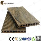 Pavimenti di plastica di legno del patio di uso esterno caldo di vendite