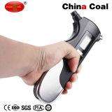 多機能の携帯用手持ち型の電子デジタルタイヤの空気圧ゲージ