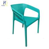 Buena capacidad directa de fábrica del cojinete de apilamiento de uso exterior silla de plástico