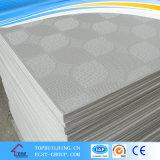 Carrelage en plâtre en PVC plafonnier / plâtre en PVC Plafond en tôle / Plateau de plafond / plafond en plâtre / planche de gypse standard / planche de gypse