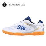 Chaussures de sport, de badminton en usine de chaussures, des courts de squash de chaussures, des chaussures de tennis de table, les chaussures de sport Usine. Fabrique de chaussures, des chaussures Leighweight