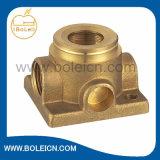 Cubiertas de cobre amarillo de la bomba de la agua en circulación de las piezas de la bomba de agua del bastidor de la precisión