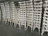 Cadeira de madeira natural diretamente da fábrica banquete de núpcias cadeiras cruzada