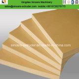 Surface en PVC de croûtes de mousse de l'Extrusion de carte de ligne de production