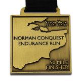 Il commercio all'ingrosso ha personalizzato il premio del distintivo dell'oro del vincitore di medaglia di onore del premio dell'esercito