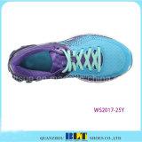 Premiers produits exécutant des chaussures de sport de type