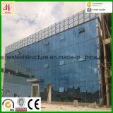 Costruzione d'acciaio prefabbricata moderna con il rivestimento di vetro della parete divisoria