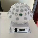 Het nieuwe Kristal die van het UFO het LEIDENE Licht van de Bal roteren