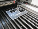 80W 100W 150WアクリルPVC木製の革カッターの二酸化炭素レーザーの彫版機械