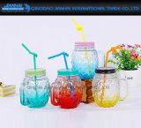 ふたのわらが付いている普及したガラス飲料のびん