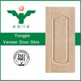 自然な薄板にされた形成された内部HDF MDFのベニヤのドアの皮