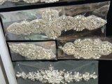 水晶ベルトまたはラインストーンのベルトまたはファッション小物か方法ベルト