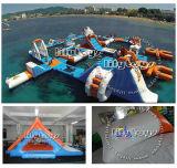 Aufblasbares Wasser-sich hin- und herbewegende Insel, riesiger aufblasbarer Wasser-Park für Erwachsenen, aufblasbarer Wasser-Spielplatz