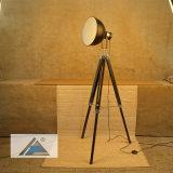 Vintage trépied avec plancher de l'ombre Black-Gold lampe (C5007371)