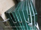 Piscina balaustrada ao vidro temperado