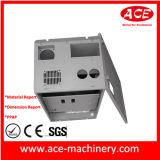 Caixa industrial personalizada do metal de uma comunicação com fechamento