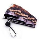 極度の小型景色によって印刷される傘