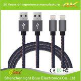 Nilón colorido vendedor a granel 2.4A trenzado rápidamente que carga el cable del USB
