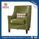 Presidenza del sofà per il marito (W243)