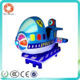 Una máquina de juego de fichas de la lotería de los cabritos de la hospitalidad de la arcada