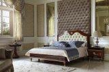 Mobilia classica europea dell'insieme di camera da letto di legno solido della stanza della base di stile di disegno di colore scuro 0068