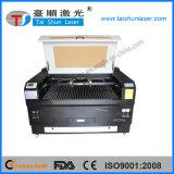 Machine de gravure de laser de CO2 avec le rotatoire pour des cylindres