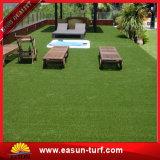 Hierba falsa barata que ajardina la alfombra artificial del césped para el jardín