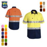 De heldere Gekleurde Korte Eenvormige Overhemden van het Werk van de Koker Mens