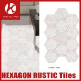 Ванная комната плитки выскальзования ванной комнаты упорная кроет плитку черепицей шестиугольника 6 угловойую