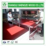Núcleo de madera de color rojo/negro/marrón de encofrado de madera contrachapada de alta calidad