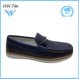 Qualité bon marché de mode en gros de la Chine la bonne badine des chaussures