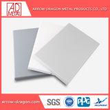 PVDF 20 ans de garantie de panneaux muraux de revêtement en aluminium pour la Décoration de mur extérieur