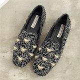 Nuevo diseño de negro mate ocio calzado de dama de lana para el invierno