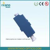 Adaptadores ópticos de fibra del LC con de pequeñas pérdidas en 0.2dB con la casa azul plástica
