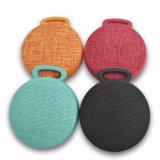 Altoparlanti impermeabili di Bluetooth perfetti per la spiaggia