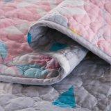 Kundenspezifische vorgewaschene haltbare bequeme Bettwäsche gesteppte Bettdecke der Bettdecke-3-Piece eingestellt für 11