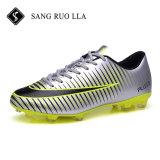 Heißer verkaufender neuer Entwurfs-Art-Fußball befestigt Sport-Schuhe mit Qualität