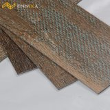 Fabrik-preiswerter Preis-haltbare hölzerne Plastikvinyl-Belüftung-Fußboden-Fliese