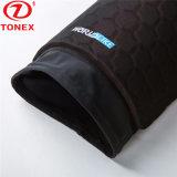 Gli sport elastici di compressione portano i pantaloni elastici respirabili con il rilievo di EVA