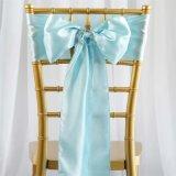 창틀 가득 차있는 활 의자 덮개는 결혼식 또는 당 또는 생일 훈장을%s 창틀을 머리를 숙인다