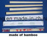 Palillos de bambú con diverso conjunto