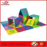 Azulejos Jigsaw cómodos no tóxicos de la espuma del ABC del alfabeto 26 de la estera del rompecabezas de Eco que se enclavijan EVA