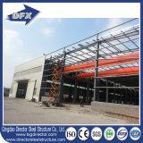 Struttura d'acciaio prefabbricata pronta del magazzino del pannello a sandwich/della costruzione prefabbricata