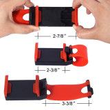 Las manos de múltiples funciones del socket del montaje del sostenedor liberan en el volante del coche