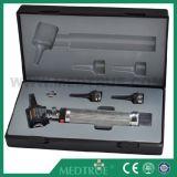 Otoscope медицинской диагностики установленный (MT01012013)