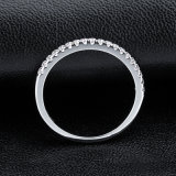 Il diamante cubico di Zirconia della fascia di Jennie che imposta anello argenteo 925