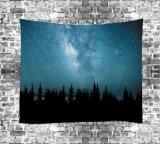豪華なポリエステルデジタルによって印刷される幻覚性の星明かりの空のタペストリー(01P0001)