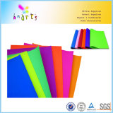 Papel coloreado fluorescente del deslumbramiento