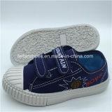 Nuove calzature dell'iniezione dei pattini casuali della tela di canapa dei bambini personalizzate (FHH1206-7)