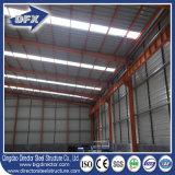 Qingdao Prefabricated 간이 차고 창고 작업장을%s 가벼운 강철 구조물 건축재료